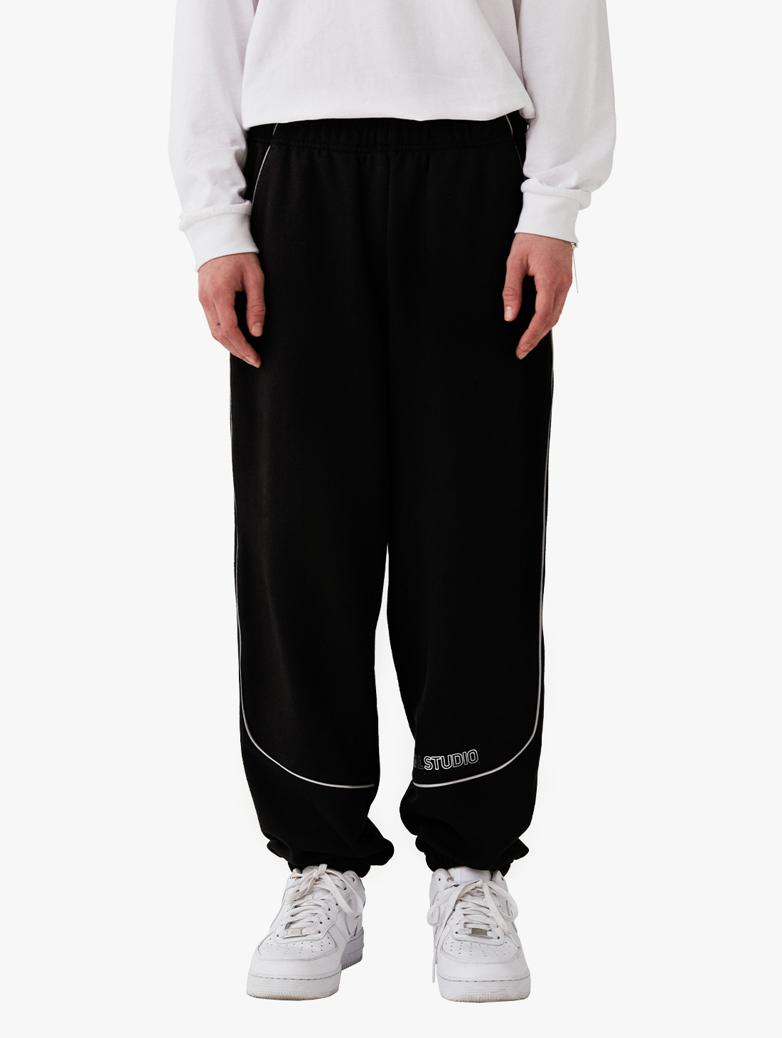 PIPING JOGGER PANTS (3 Colors)