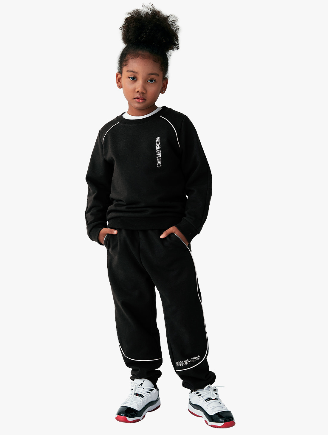 [10% OFF] (KIDS) PIPING SWEATSHIRTS & JOGGER PANTS SET