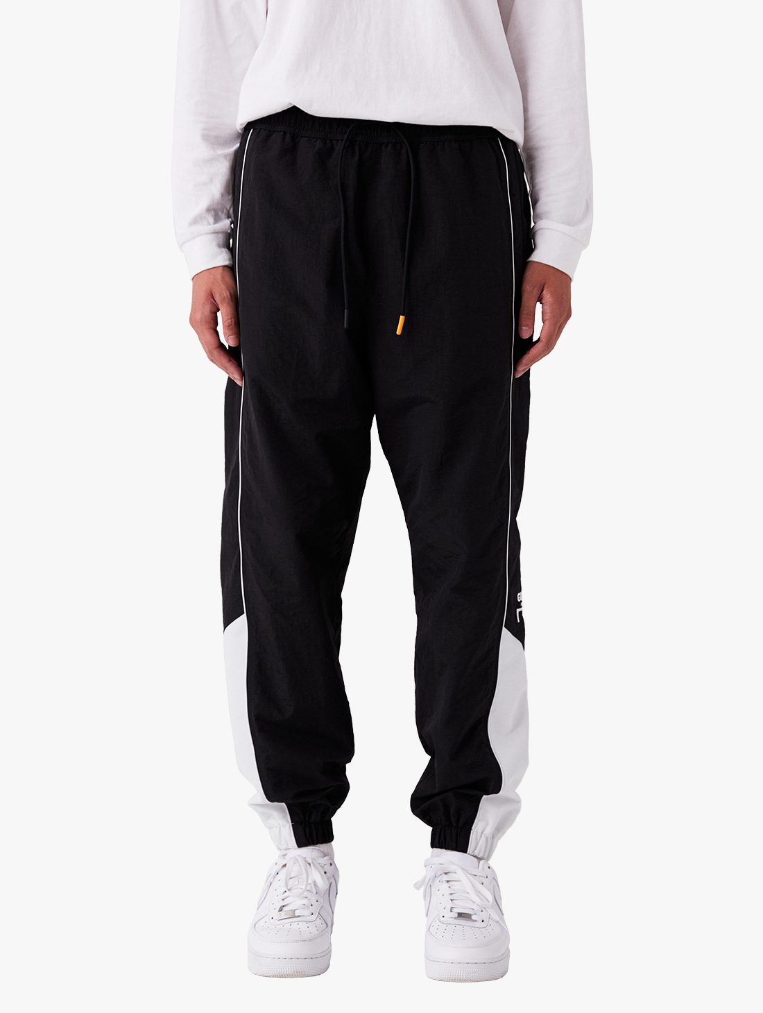 (Sold Out) WWFC TRACK PANTS (2 Colors)