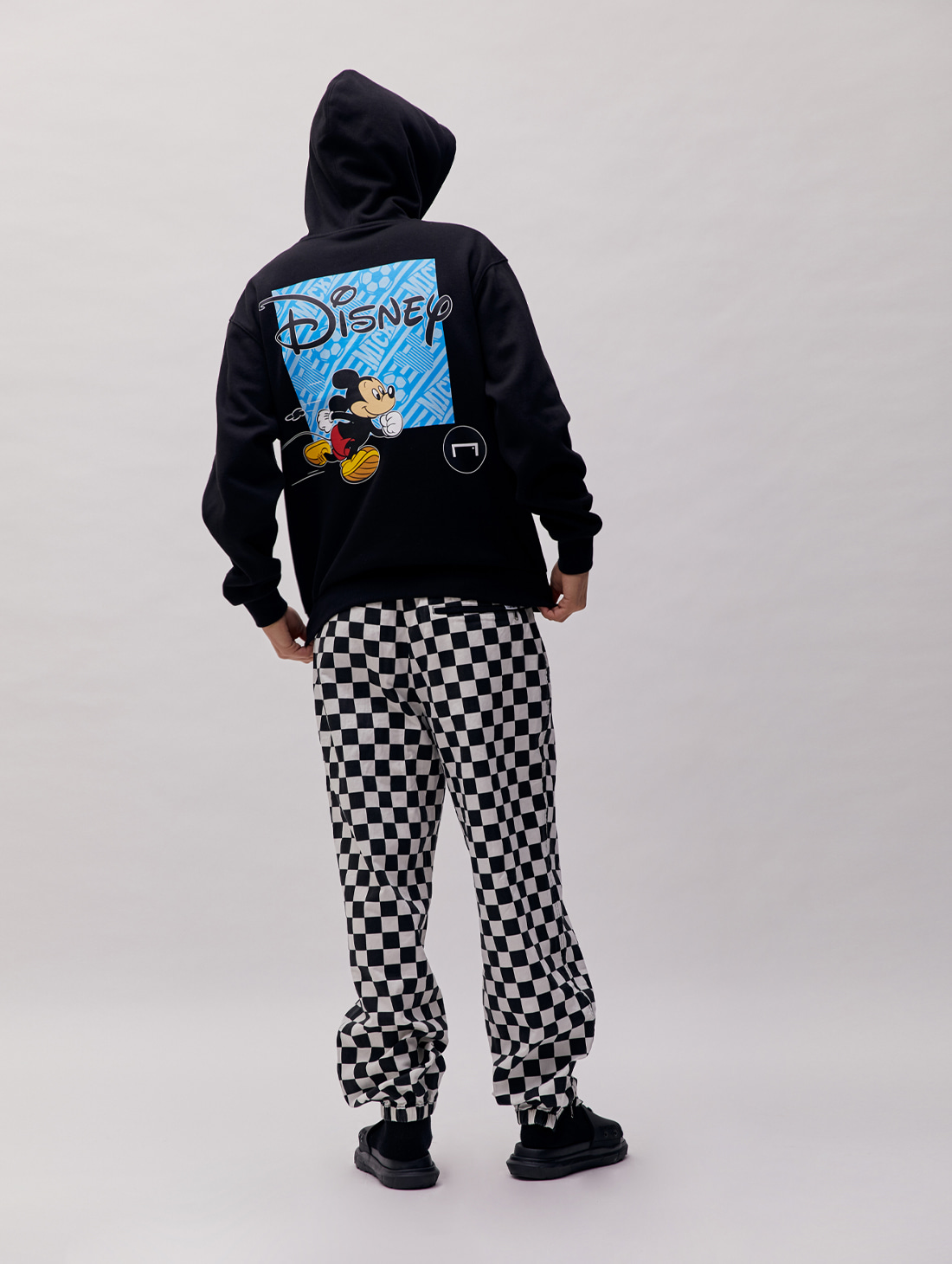 SHOOTING MICKEY HOODIE - BLACK