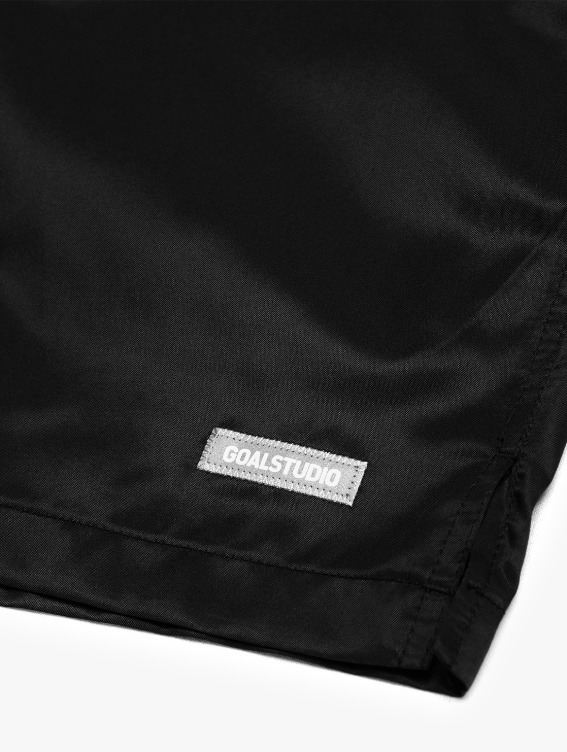 REFLECTIVE LABEL SHORTS - BLACK